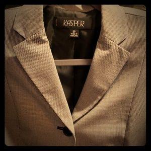Sale!! NWOT Kasper Suit, Jacket w/pleated skirt